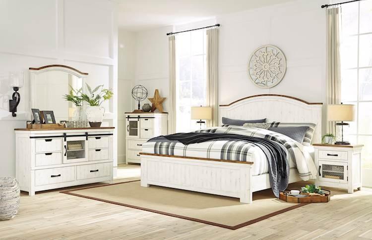Wystfield White/Brown Bedroom Set - SpeedyFurniture.com
