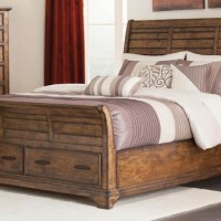 Elk Grove Collection Bedroom Set