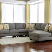 Chamberly Alloy Sectional Living Room Group