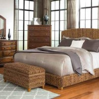 Laughton Collection Bedroom Set