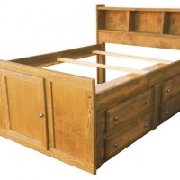 Wrangle Hill Collection Bedroom Set