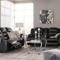 Vacherie Black Living Room Group