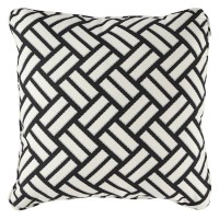 Ayres Black/White Pillow (Includes 4)