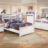 Zayley White Bedroom Set