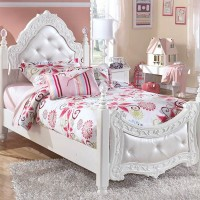 Exquisite White Twin Padded Poster Bed