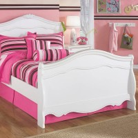 Exquisite White Full Sleigh Bed