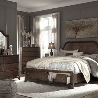 Adinton Brown Bedroom Set