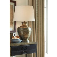 Eviana Antique Brass Finish Metal Table Lamp (Includes 1)