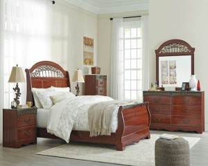 Fairbrooks Estate Reddish Brown Bedroom Set
