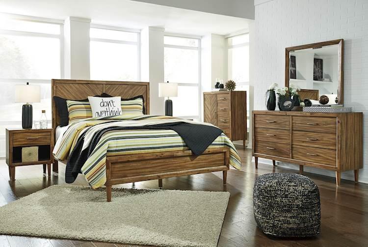 Broshtan Light Brown Bedroom Set Speedyfurniture Com